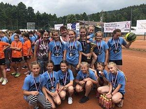 Děvčata ze ZŠ Zámoraví se stala mistryněmi republiky ve vybíjené pro rok 2018.