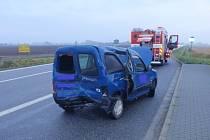 U Pravčic se srazila dvě osobní auta