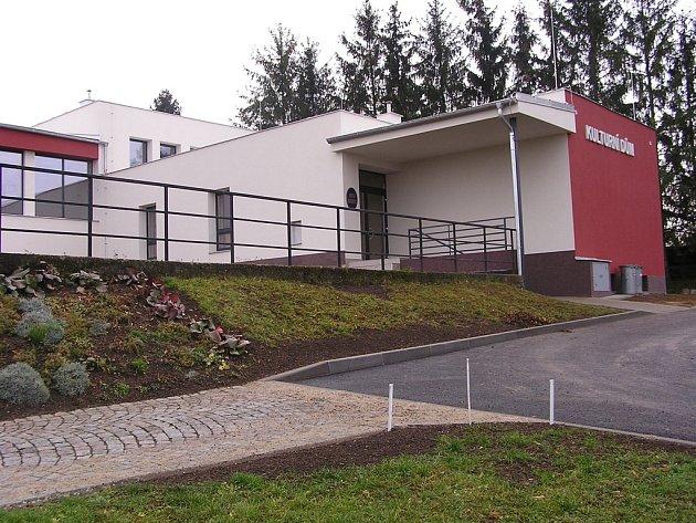 V Bezměrově během minulého roku zvládli opravit kulturní dům.