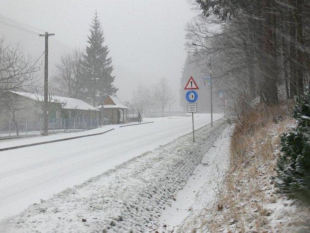 Na Bystřicku napadla 30. prosince 2011 během rána vrtsva sněhu.