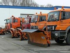 Silničáři letos vyjeli na Kroměřížsku kvůli zimní údržbě asi dvacetkrát. Sklady s posypovým materiálem jsou stále plné.