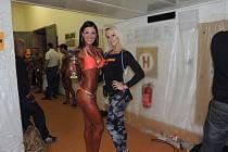 Adéla Storzerová se rozhodla věnovat závodně soutěži Bikini Fitness, která je podkategorií kulturistiky. Především v letošní jarní sezóně slaví mnohé úspěchy.
