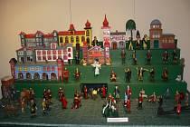 Výstava historických i současných vánočních ozdob a betlémů s dílnou a vánočním obchůdkem v muzeu Kroměřížska.