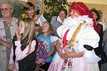 V Hulíně slavili po dva dny Svatováclavské hody. Připraven byl jarmark, výstava krojovaných panenek či ukázka dravých ptáků.