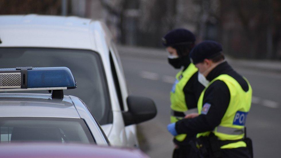 Policejní kontrola omezení pohybu mezi okresy, Kroměřížsko - 1.3.2021
