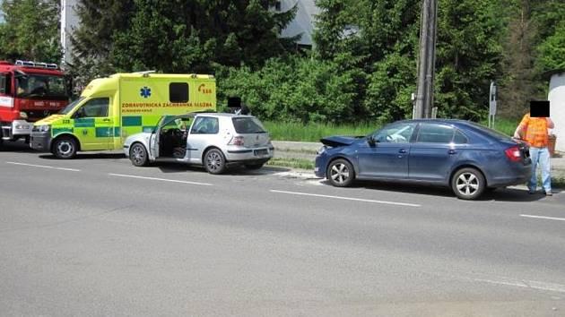 V Jankovicích se srazila tři auta