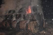 Lutopecen hořel stoh slámy. Podpálil jej osmnáctiletý mladík