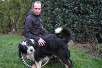 Dny bez Beketa prožíval muž na vozíku těžko.