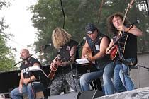 15. ročník Slavností piva v rekreačním areálu Kamínka u Roštína nabídl ve dnech 6. a 7. srpna 2010 opět spoustu hudebních i chmelových pochoutek.