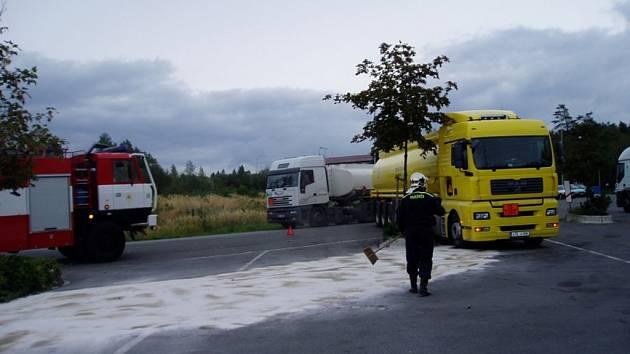 Smolné dny kamionů.