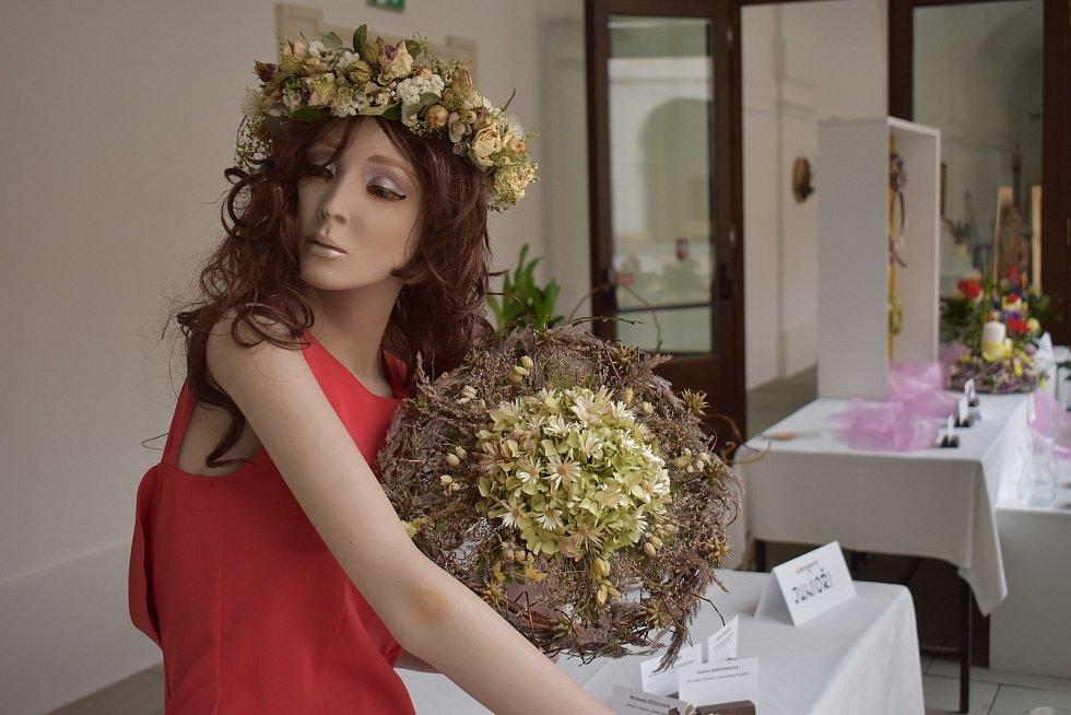 Výstava Květiny za sklem, Holešov, duben 2021.