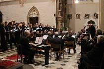 V chrámu svatého Mořice v Kroměříži vystoupily v sobotu 15.11. pěvecké sbory Salve z Olomouce a Cantus z Morkovic.