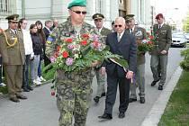 Uctění památky padlých rumunských vojáků na náměstí Míru v Kroměříži