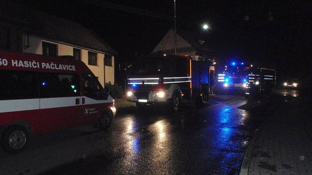 Požár hospodářské budovy v Pačlavicích zavinil nešikovný vývod komína