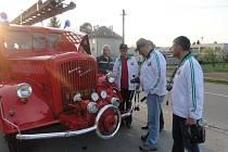 Brestská delegace z Běloruska navštívila 12. dubna stejnojmenou obec na Kroměřížsku. Tamní starosta Jaromír Navrátil vítal běloruskou návštěvu už podruhé.
