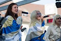 ABBA spojila generace na hulínském pódiu.
