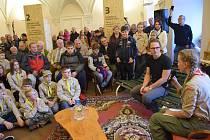 Výstava v Holešově představující sto let místního skautingu