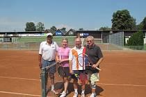 O Krakonošovu čabajku se v tenise utkali kamarádi Jardy Střechovského.
