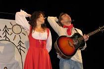 V Kroměřížském Domě kultury zahráli 8. listopadu 2010 herci hudebního divadla Michaely Novozámské představení Povídejme si děti.
