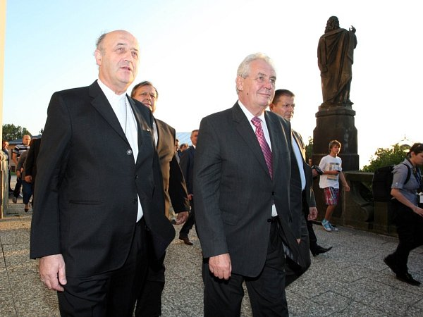 Návštěva prezidenta Miloše Zemana ve Zlínském kraji. Hostýn.