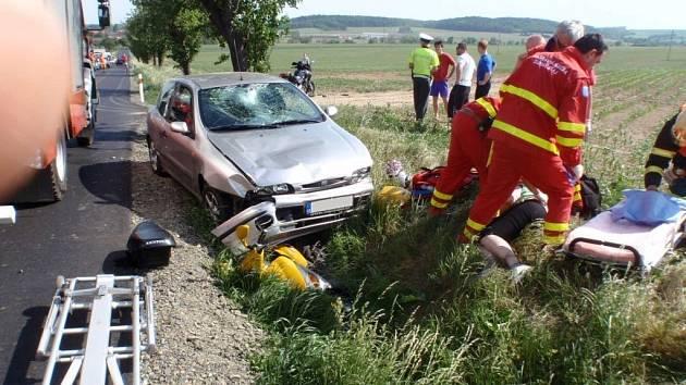 Dopravní nehoda mezi Trávníkem a Střížovicemi.