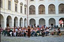 Slavnostní zahájení Letní školy barokní hudby v Holešově.
