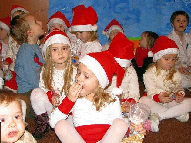 V Kvasicích se v sobotu 19. prosince konalo Vánoční tvoření paní Lenky Gazdové.