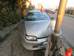 K dopravní nehodě vyjížděli v neděli po třetí odpoledne dopravní policisté do Moravské ulice v Kroměříži.