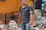 Jindřich Pávek představil své voňavé produkty v Kroměříži na Hrnčířském trhu.