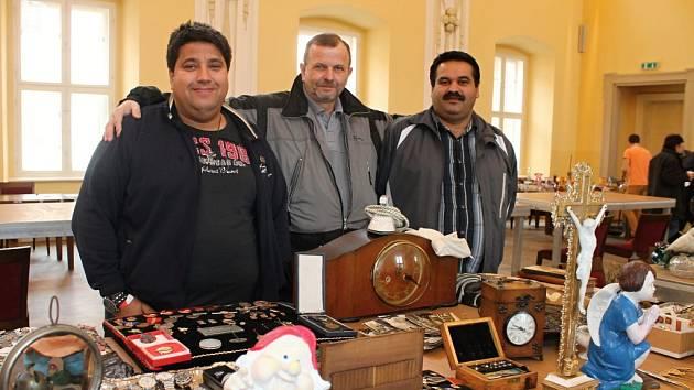 Bleší trh, který se v sobotu 7. března po mnohaleté pauze uskutečnil na holešovském zámku, navštívilo přes dva tisíce lidí.