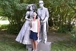 Obrovským úspěchem skončil první ročník festivalu živých soch, který v neděli pořádali v Kroměříži. Akce se podle odhadů zařadila mezi vůbec nejnavštěvovanější, do města se totiž na ni přijelo podívat kolem dvaceti tisíc lidí.