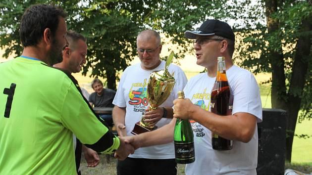 Fotbalový turnaj O pohár zemské osy v Mrlínku 2021.