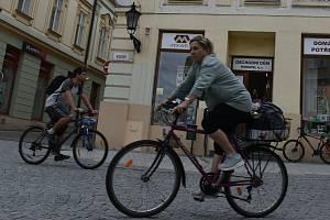 Cyklista v Kroměříži. Ilustrační foto