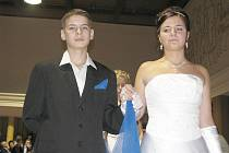 V koryčanském kulturním domě se v pátek 14. ledna 2011 konal už čtvrtý ročník Školního společenského plesu. Během večera zatancovali i žáci druhého stupně tamní základní školy polonézu.