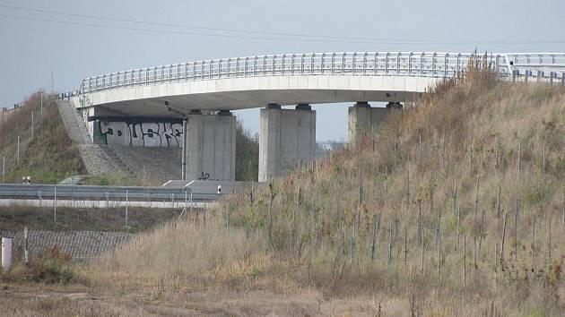 Dálniční most v Pravčicích