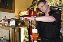 O titul Pilsner Urquell Master Bartender České republiky se ve čtvrtek 4. srpna 2011 v Plzni utkal sedmatřicetiletý Jan Najman z Plzeňské pivnice v Kroměříži.