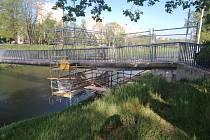Rekonstrukce mostu pro pěší. Březen 2019.