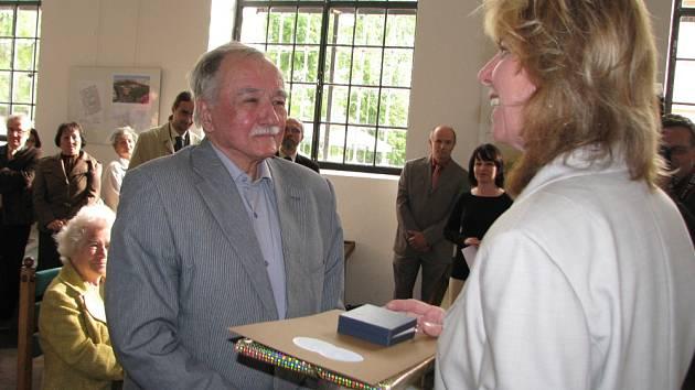 V kroměřížské Galerii Orlovna se v pondělí 27. dubna 2009 konala vernisáž výstavy Otakara Kuči.