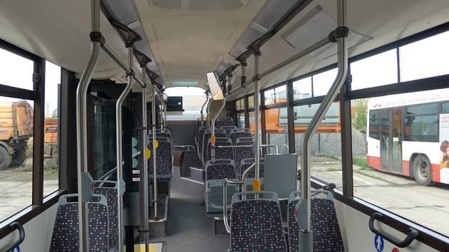 Kroměřížská radnice testuje v provozu městské hromadné dopravy nový autobus značky Iveco, cestující se s ním mohou po dva týdny svézt zadarmo.
