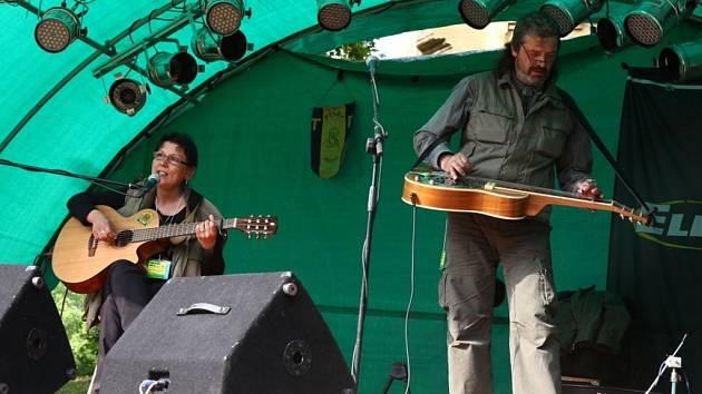 Festival country, folkové a trampské muziky Přílepské békal