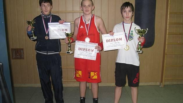 V kroměřížském Sokole trénují mladí boxeři. Tři z nich minulý týden uspěli v mistrovství ČR kadetů.