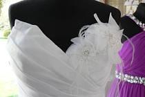 Stanislava Červenáková, majitellka kroměřížského svatebního salonu Julina, představila výběr svatebních šatů letošní sezony.