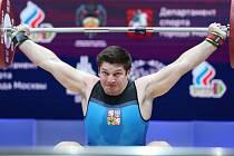 Regionální vzpěrači si na ME v Moskvě v polovině dubna vedli dobře. Holešovský Josef Kolář (na snímku) skončil ve své kategorii do 96 kg na 11. místě, Jiří Orság z Karolinky byl v kategorii nad 109 kg devátý a má blizoučko postupu na OH v Pekingu.