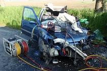 Velmi vážnou nehodu, při níž utrpěla zranění řidička modrého peugeotu, museli v pondělí brzy ráno řešit policisté, hasiči a záchranáři na výjezdu z Kroměříže směrem na Rataje.