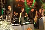 Taneční melodie ovládly Dům kultury, plesová sezóna v Kroměříži začala