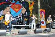 Od 9. do 11. srpna 2018 se v rekreačním areálu Kamínka v Roštíně konal další ročník Pivních slavností. Představila se řada kapel, ochutnat lidé mohli zhruba čtyřicítku druhů piv, nechyběly ani pivní soutěže.  Na snímku je kapela STREET69.