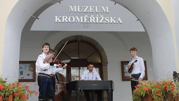 V Muzeu Kroměřížska v sobotu oslavovali Den kraje. Už po páté se návštěvníkům otevřely všechny expozice a dokonce i restaurátorské dílny.