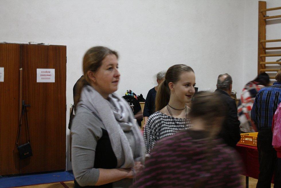 """S lidmi pro lidi"" koncert Počenice 2.11.2019."