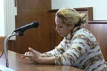 Okresní soud v Kroměříži nařídil v pondělí 23. února čtyřiatřicetileté Květoslavě Slepčíkové čtyři sta hodin obecně prospěšných prací za trestný čin ohrožení výchovy mládeže. Neposílala totiž svého třináctiletého syna do školy – měl 226 zameškaných hodin