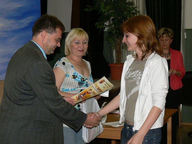 V Klubu Starý pivovar v Kroměříži se 15. 5. 2008 konalo vyhodnocení vědomostní a literární soutěže dětí Klíč od bran Kroměříže.